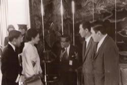Exposição de peixes ornamentais em homenagem a visita do Príncipe Akihito ao Brasil em 1967