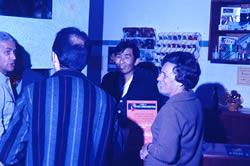 Ernesto Akagawa e amigos na inauguração do Netuno Aquarium em 1968